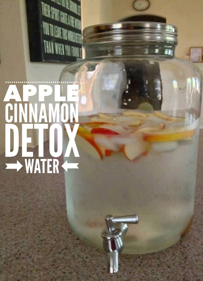 Apple Cinnamon Detox Water. One of the most popular detox water combinations is apple cinnamon detox water. Cinnamon offers a host of health benefits (as discussed above), while apples provide additional vitamins, antioxidants and fiber, all of which are important to keep your body working smoothly.